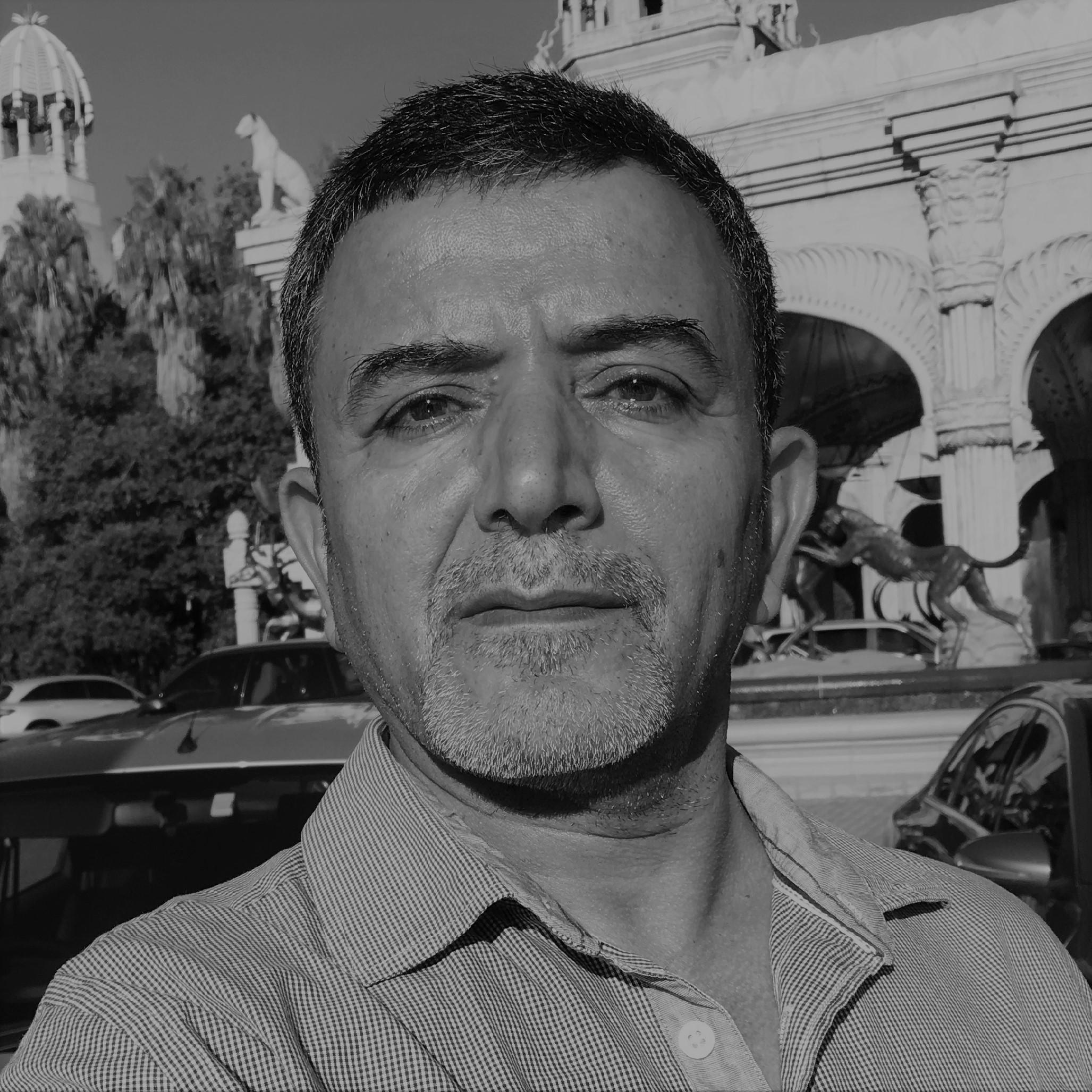 Dr Emad Uheida