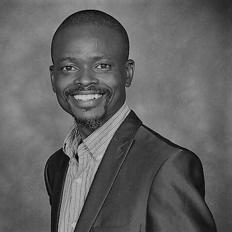 Prof Khumbulani Mpofu
